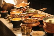 bowls of Indian food